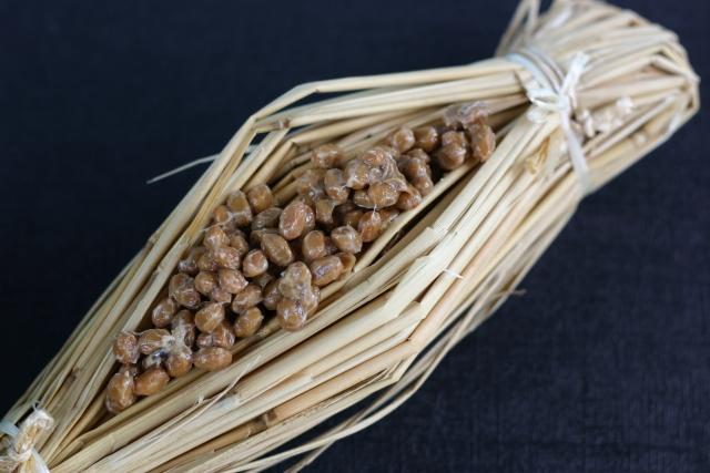 ひきわり納豆と粒納豆の製造工程の違い
